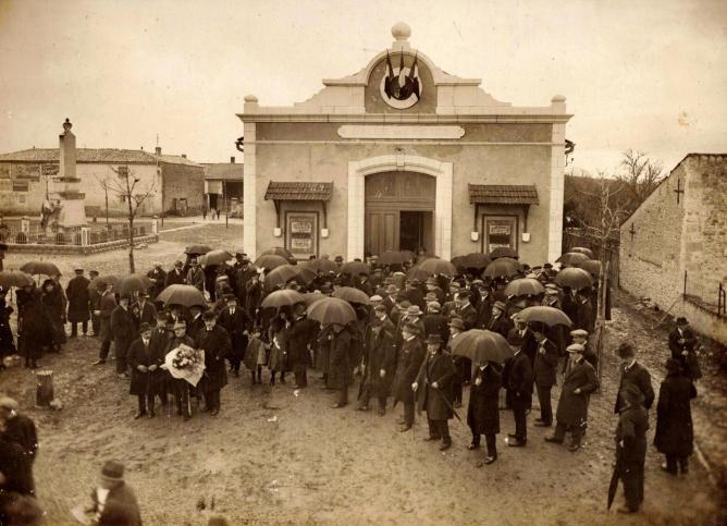 5 Salle des fêtes de Forges Inauguration 23 Janvier 1927