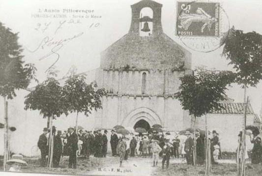 Eglise Forges 1920
