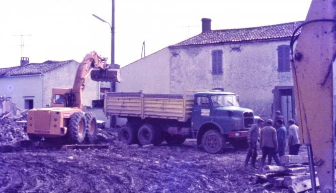 04 demolition puydrouard 1977