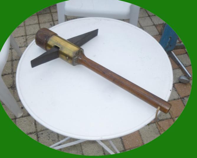 1 marteau a rhabiller les meules