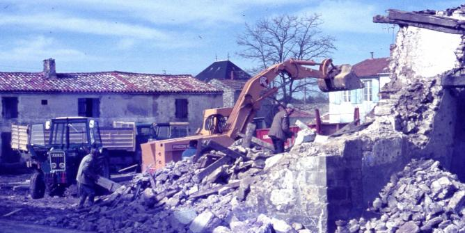 12 demolition puydrouard 1977