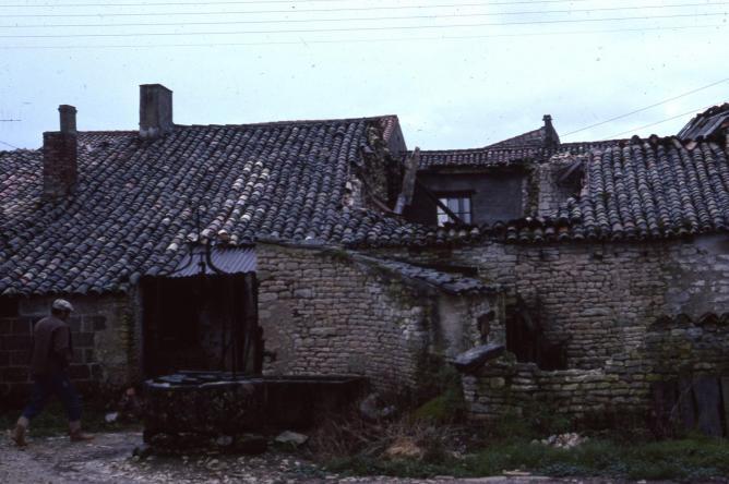 14 1977 fevrier toits puydrouard