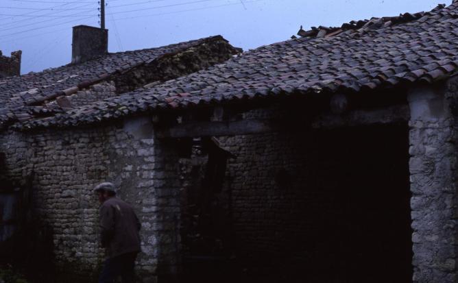 16 1977 fevrier garage puydrouard