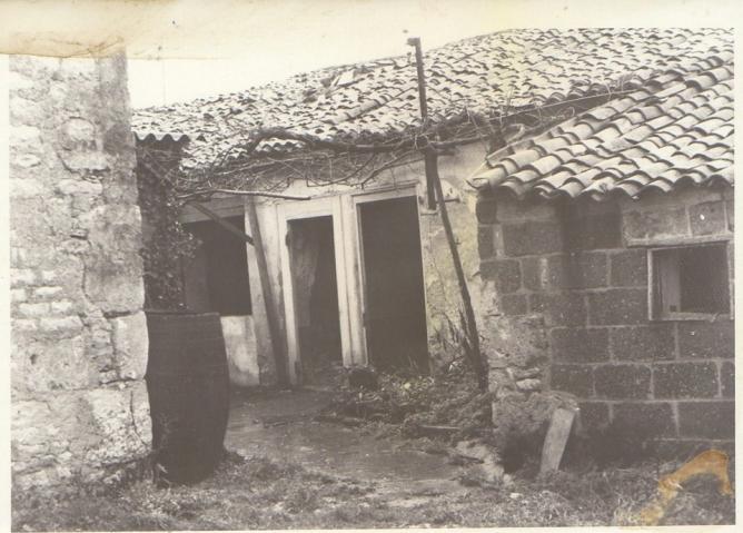 2 demolition maison foullonneau fev1977 b treille muguet