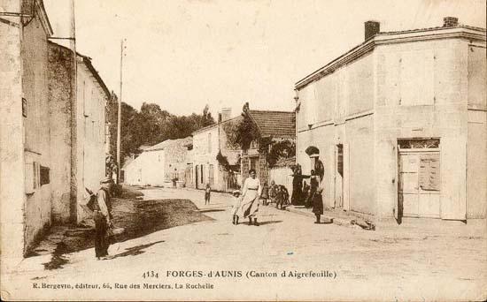 4 forges la grande rue 1920