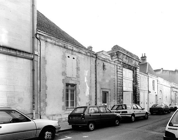 Depont hotel rue admyrault
