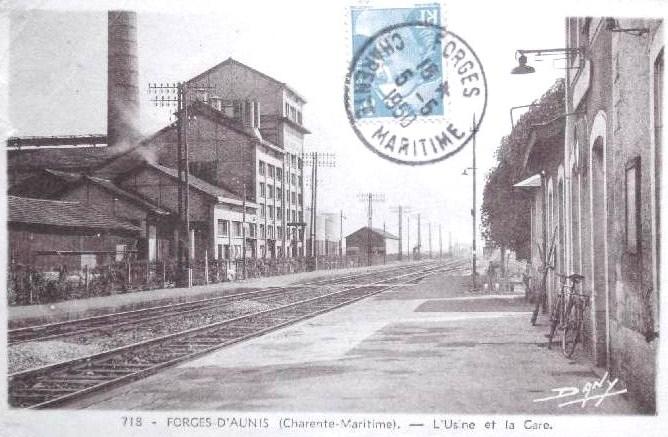 Le magnou forges d aunis distillerie et gare1950